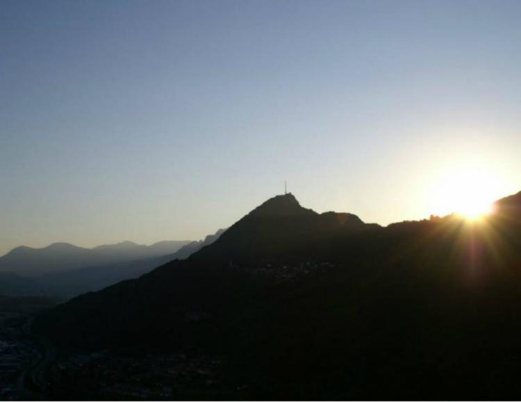 Montgolfière nocturne au Tessin