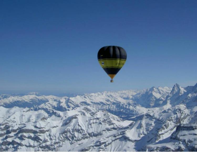 Traversée des Alpes en montgolfière