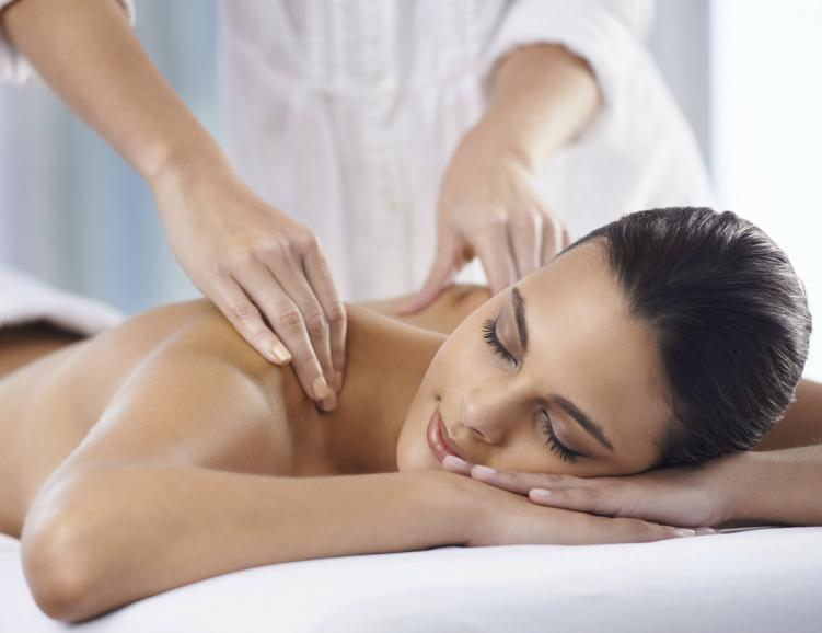 Massage Pijat et points Marma visage
