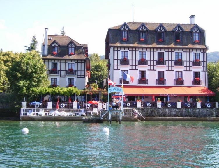 Repas à Evian-les-Bains