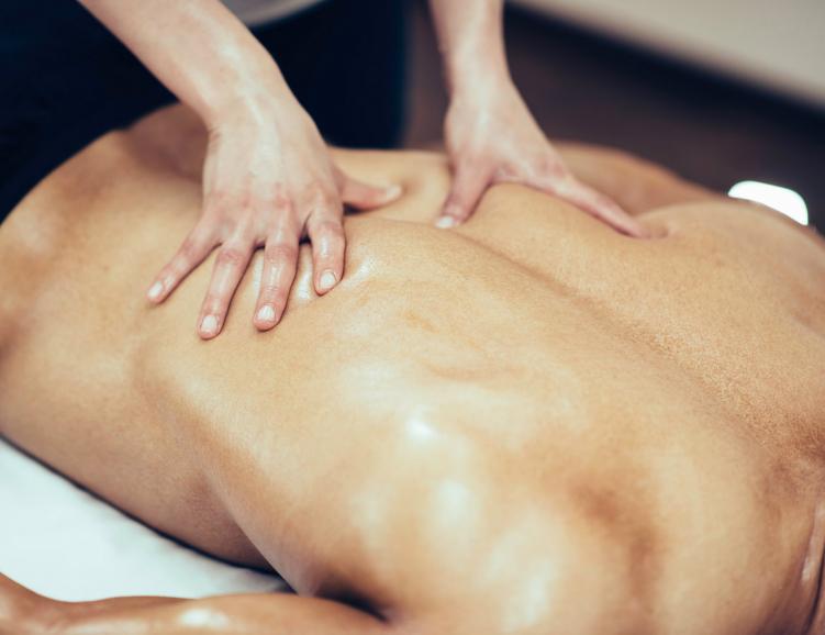 Gommage du dos et massage relaxant