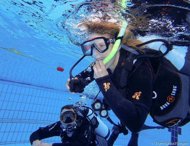 Découverte de la plongée sous-marine en piscine