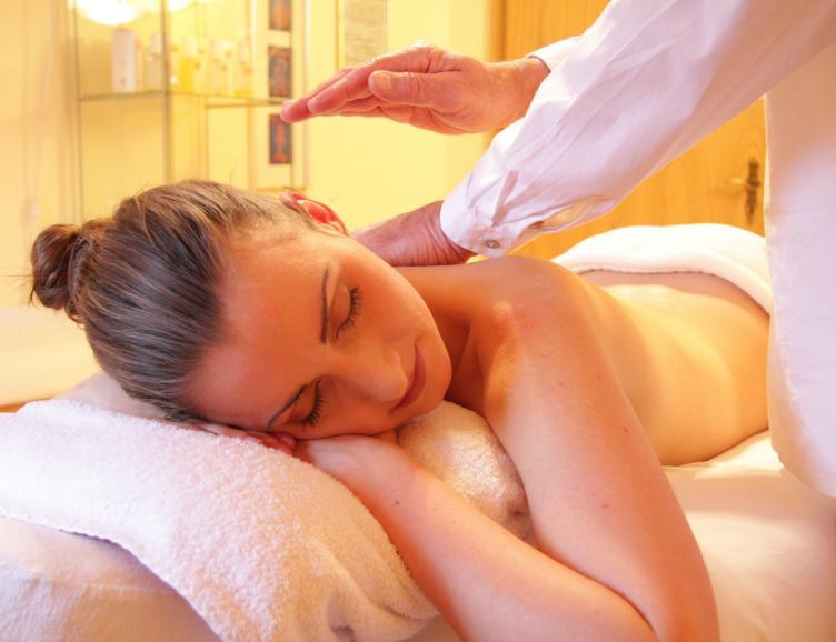 Massage du dos et de la nuque